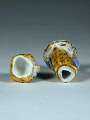 K&C_Prag_Porcelain_Figure_8