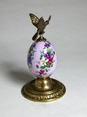 Imperial_Porcelain_Bronze_Egg_4
